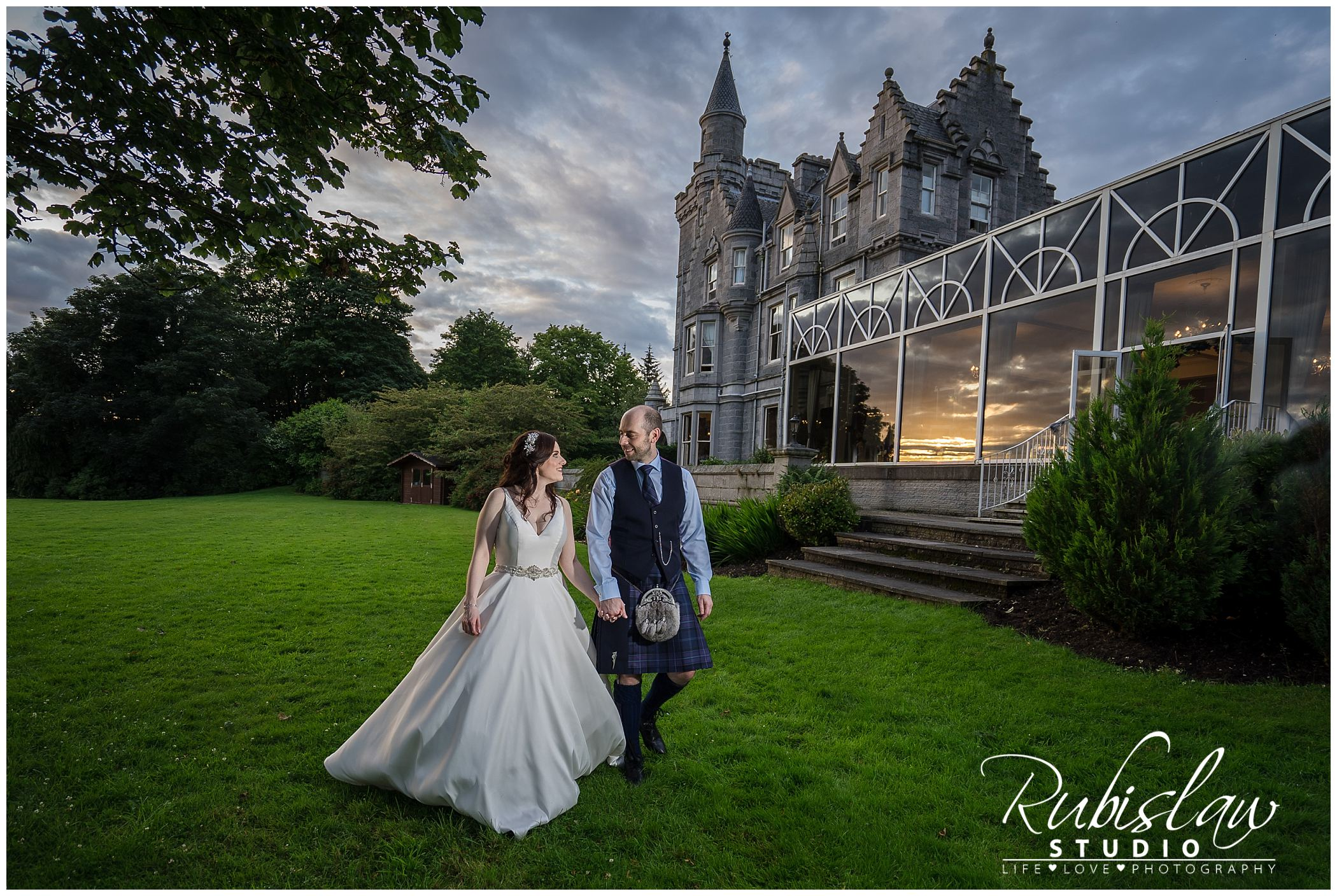 Lisa-Marie and Paul at Ardoe House